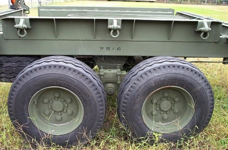Army%20truck%20and%20trailer%20034